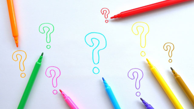 なぜ光る?蓄光顔料(蓄光・夜光塗料)の基本原理と蛍光との違いを徹底解説